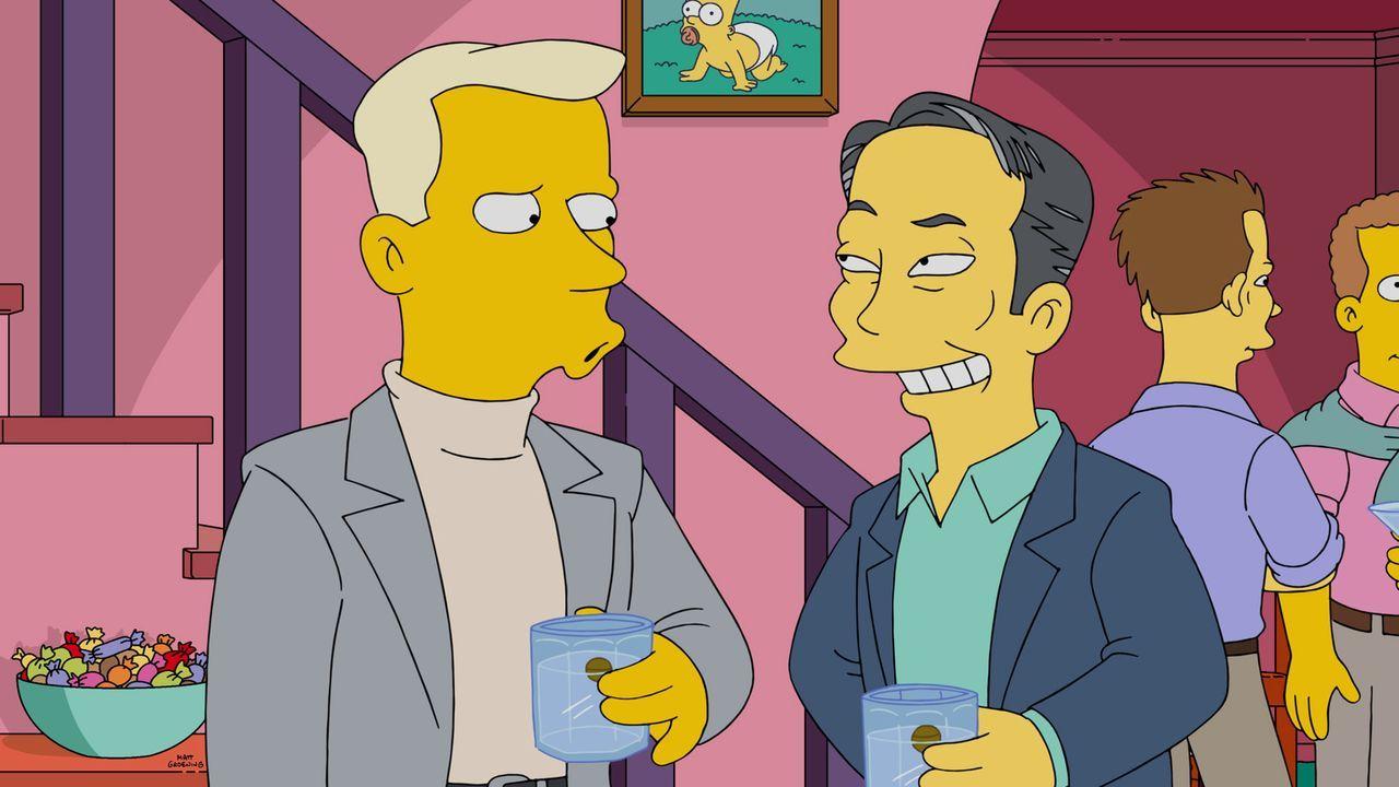 Homer veranstaltet eine Party, um für Smithers einen Freund zu finden. Doch werden George Takei (r.) oder Tom Collins (l.) Gefallen an ihm finden? - Bildquelle: 2015 Fox and its related entities.  All rights reserved.