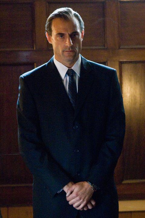 Von der alten Schule: Archy (Mark Strong) regiert gemeinsam mit Lenny Londons Immobilien-Welt. - Bildquelle: Warner Bros.