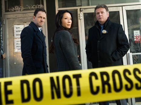 Elementary - Müssen in Chinatown einen Mordfall aufdecken: Sherlock Holmes (J...