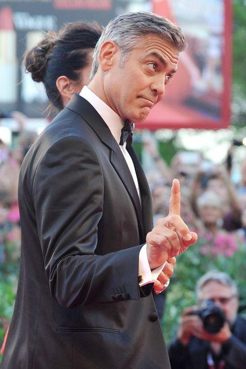 Filmfestival-Venedig-George-Clooney-Sandra-Bullock-13-08-28-3-AFP.jpg 1198 x 1800 - Bildquelle: AFP