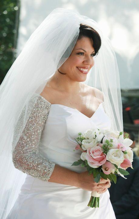 Ihr großer Tag ist gekommen: Callie (Sara Ramirez) gibt ihrer Arizona das Ja-Wort ... - Bildquelle: ABC Studios