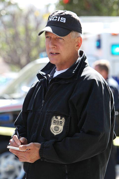 Kann er den Mord an einem Marineoffizier aufklären? Gibbs (Mark Harmon) will wissen, ob sein Tod das Ergebnis einer Kneipenschlägerei war oder ob me... - Bildquelle: CBS Television