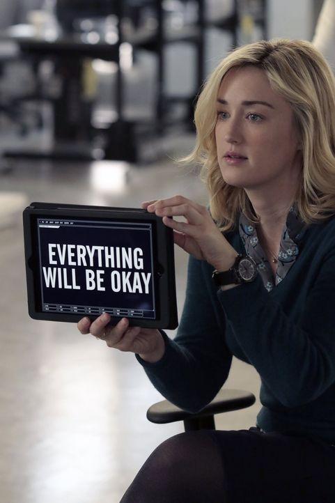 Versucht alles, um Jane aufzumuntern, die in den Augen Fishers zum Maulwurf degradiert wurde: Patterson (Ashley Johnson) ... - Bildquelle: Warner Brothers