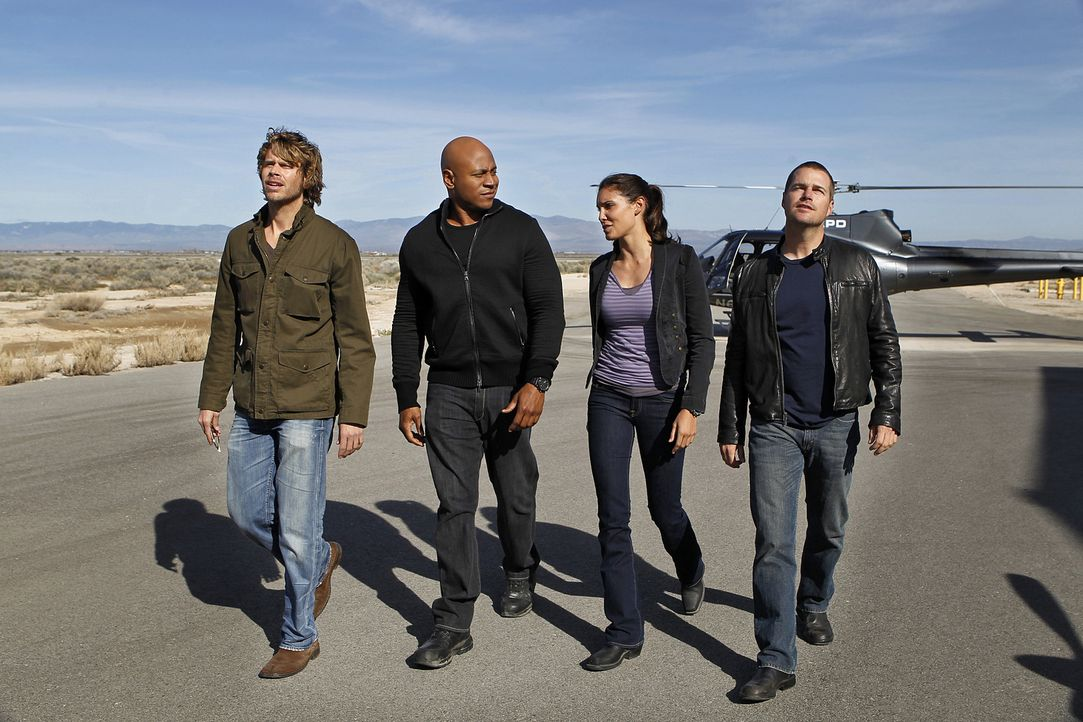 Ein neuer Fall wartet auf: (v.l.n.r.) Deeks (Eric Christian Olsen), Sam (LL Cool J), Kensi (Daniela Ruah) und Callen (Chris O'Donnell) ... - Bildquelle: CBS Studios Inc. All Rights Reserved.