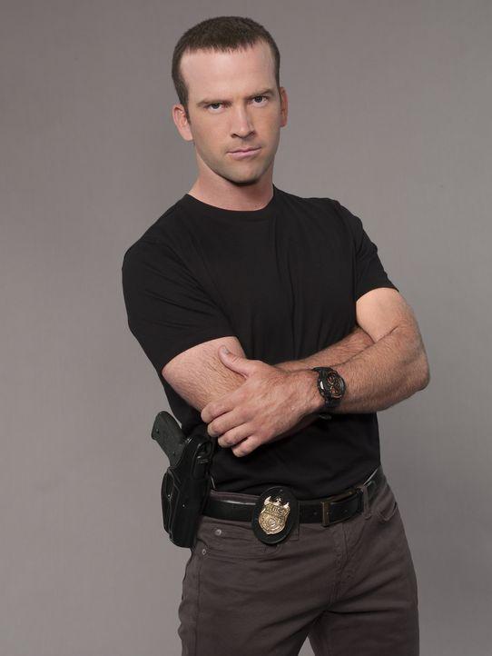 (1. Staffel) - Klärt Verbrechen auf seine ganz eigene Weise auf: Special Agent Lasalle (Lucas Black) ... - Bildquelle: 2014 CBS Broadcasting Inc. All Rights Reserved.