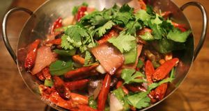 Auch frisches Gemüse, Fleisch und anderes Obst dürfen bei der Orangendiät nic...