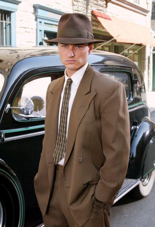 Versucht gemeinsam mit Paige einen Fall zu lösen und gerät dabei in die Vergangenheit: Brody (Kerr Smith) ... - Bildquelle: Paramount Pictures