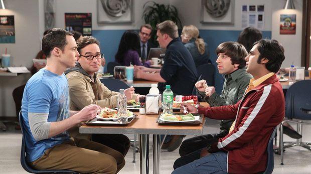 Während Sheldon (Jim Parsons, l.) seine schlechte Laune an Amy auslässt, muss...