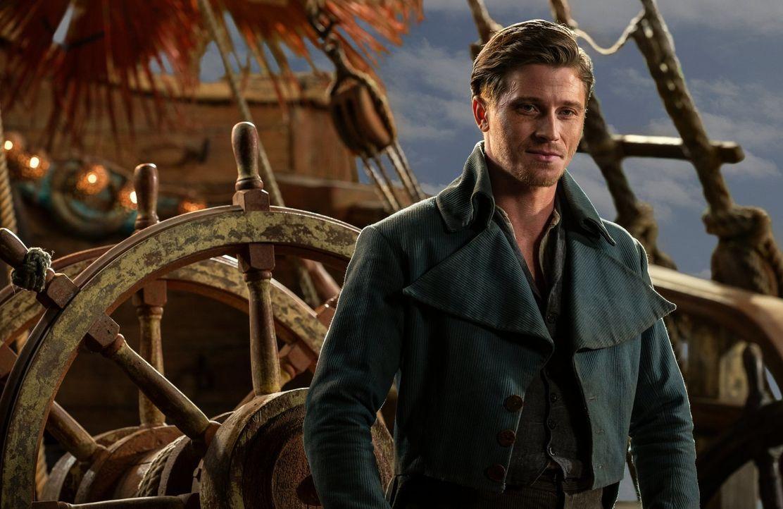 Nachdem James Hook (Garrett Hedlund) Peter aus den Fängen des bösen Kapitäns Blackbeard befreien kann, begeben sie sich gemeinsam auf ein ebenso auf... - Bildquelle: Warner Brothers