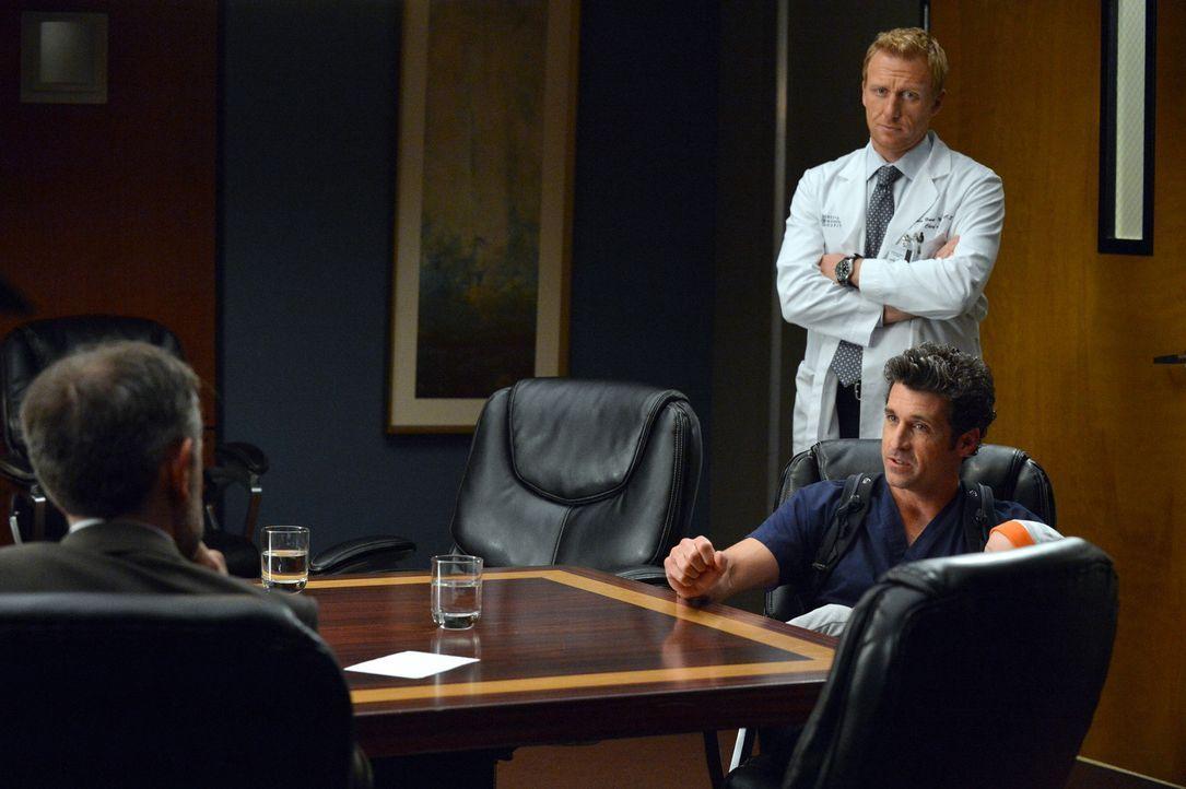 Der Präsident der Vereinigten Staaten von Amerika macht Derek (Patrick Dempsey, r.) und Owen (Kevin McKidd, M.) ein Angebot, das kaum abzuschlagen i... - Bildquelle: ABC Studios