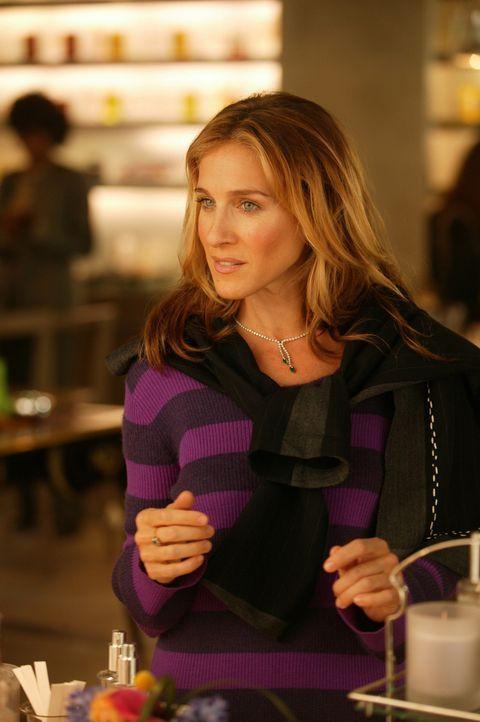 Eigentlich ist Carrie (Sarah Jessica Parker) bereit, sich mit dem Künstler Aleksandr Petrovsky auf eine Affäre einzulassen, doch gleichzeitig plag... - Bildquelle: Paramount Pictures