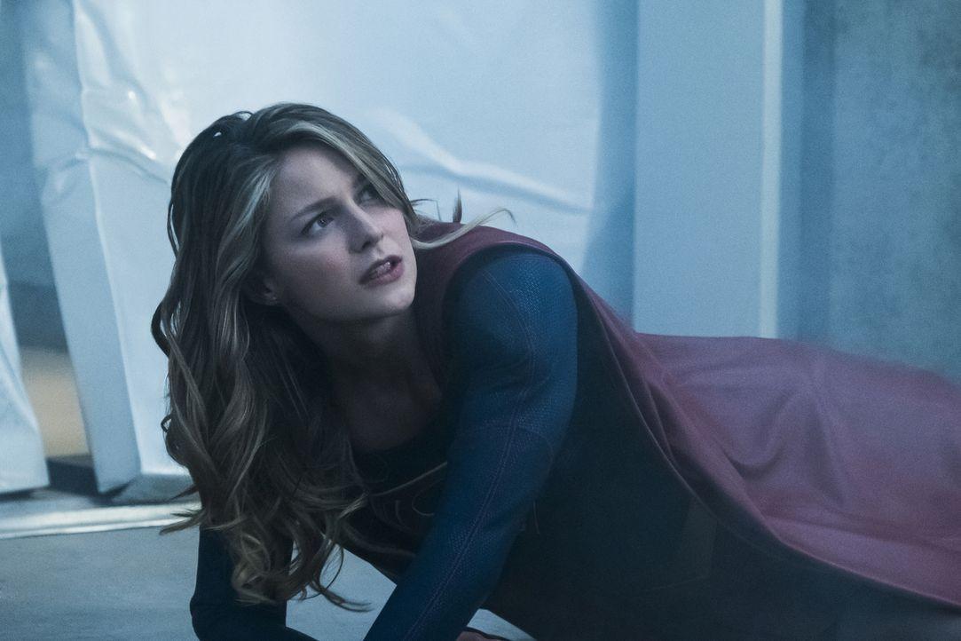 Eine wichtige Entscheidung könnte das Leben von Kara alias Supergirl (Melissa Benoist) für immer verändern ... - Bildquelle: 2017 Warner Bros.