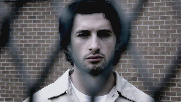 Monatelang verbergen Nuno Pontes (Jacob Richter) und seine Komplizen ihr Vorh...