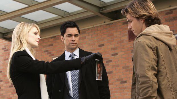 Bei ihren Recherchen stoßen Lilly (Kathryn Morris, l.) und Scott (Danny Pino,...