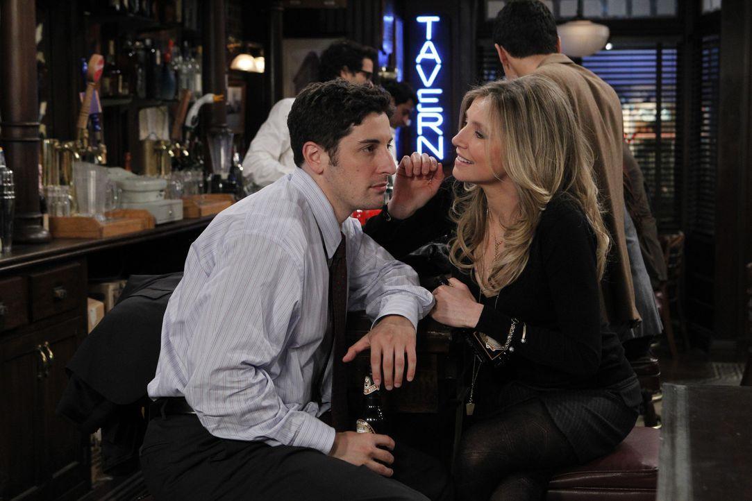 Ben (Jason Biggs, l.) hat sich von Kate (Sarah Chalke, r.) zu einem Ausflug nach Staten Island überreden lassen ... - Bildquelle: CPT Holdings, Inc. All Rights Reserved.