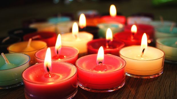 candles-1796739_1920