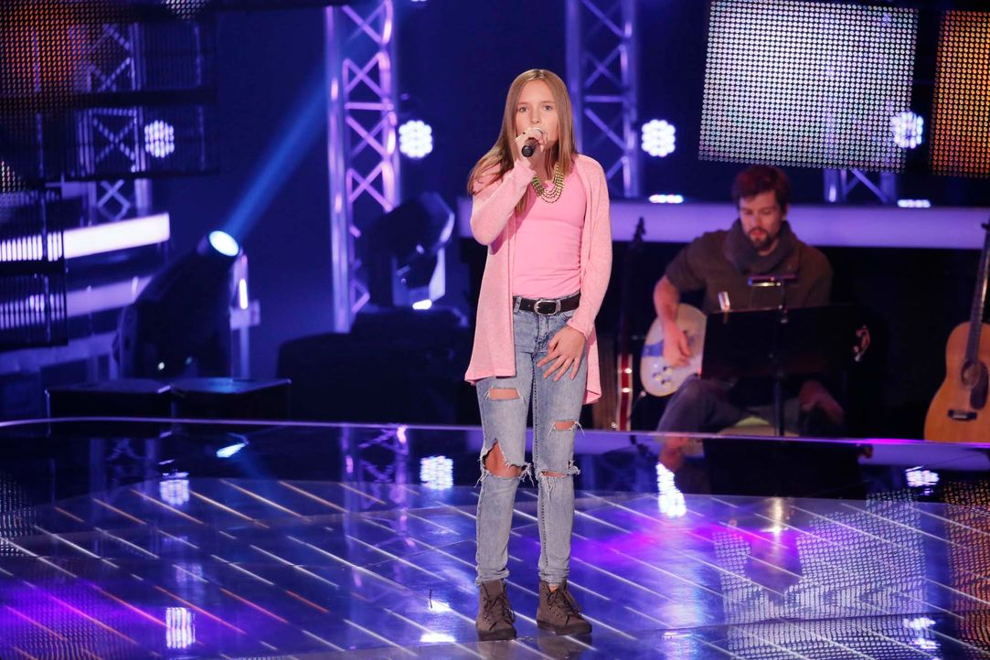 The-Voice-Kids-Stf04-Epi04-Charlotte-SAT1-Richard-Huebner - Bildquelle: © SAT.1/ Richard Hübner