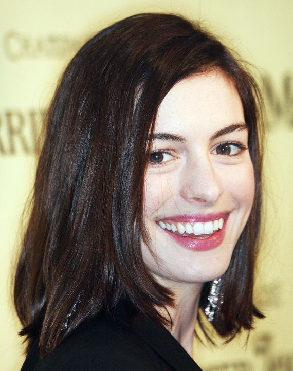 anne-hathaway-09-02-20-getty-afpjpg 1300 x 1647 - Bildquelle: getty-AFP