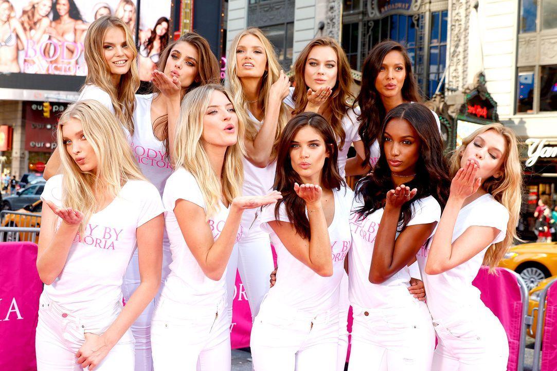 Victorias-Secret-150728-17-WENN - Bildquelle: WENN.com