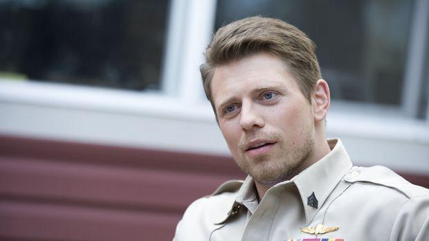 Als der Marinesoldat Jake Carter (Mike