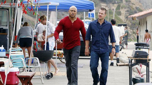 Undercover versuchen Special Agent Callen (Chris O'Donnell, r.) und Special A...