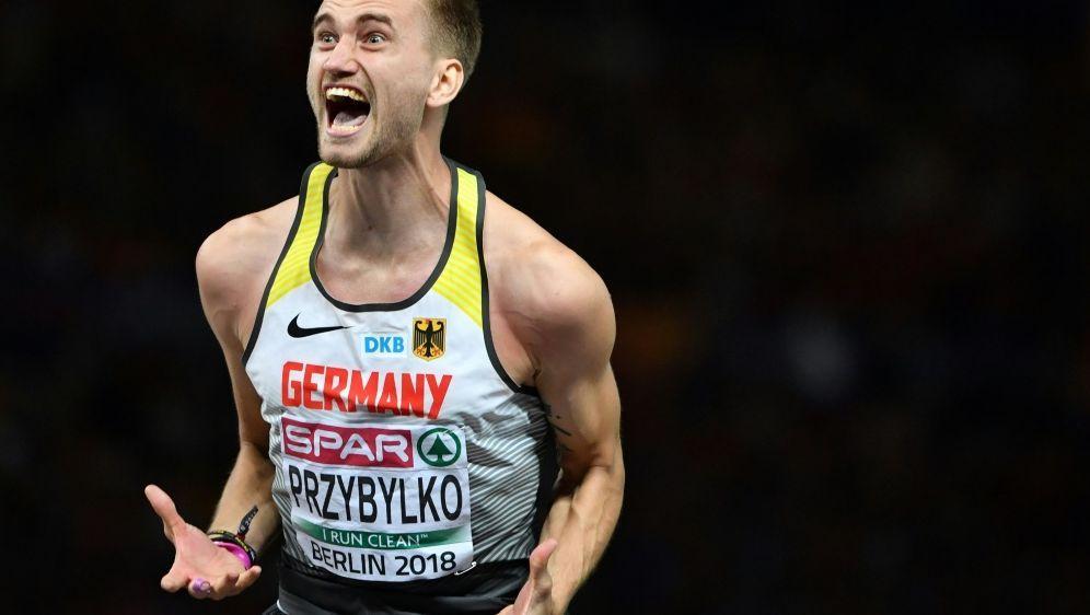 Przybylko überspringt 2,35 m und ist Europameister - Bildquelle: AFPSIDAndrej ISAKOVIC