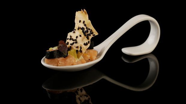 The-Taste-Stf02-Epi02-Zweierlei-vom-Lachs-Manuel-20-SAT-1-Young-Soo- Chang