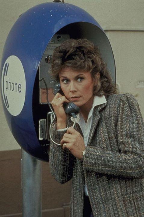 Wenn eine brave Hausfrau und Mutter wie Amanda King (Kate Jackson) eine Superagentin wird, bleibt ihren Gegnern nur eines: die Waffen zu strecken ... - Bildquelle: CBS Television