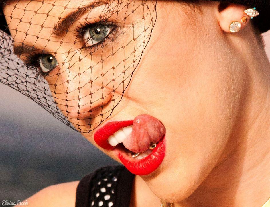"""kabel eins zeigt die schönsten """"Kuschel-Rock""""-Momente aus drei Jahrzehnten Musik-, Film- und Zeit-Geschichte: Miley Cyrus ... - Bildquelle: Elvina Beck Sony Music Entertainment"""