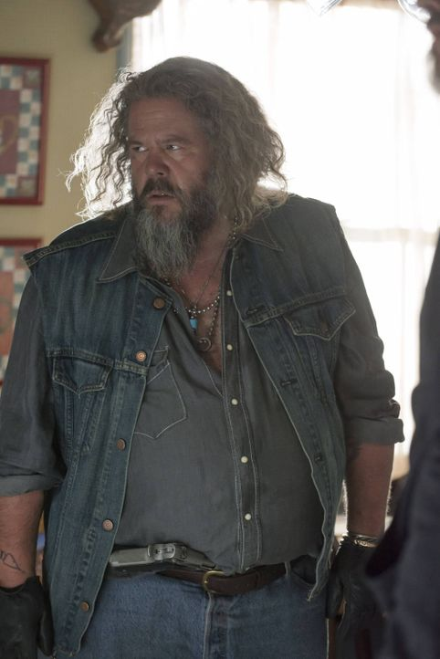 Der Club ist sich über Jax' neuesten Deal uneinig. Auf wessen Seite wird Bobby (Mark Boone Junior) stehen? - Bildquelle: 2012 Twentieth Century Fox Film Corporation and Bluebush Productions, LLC. All rights reserved.