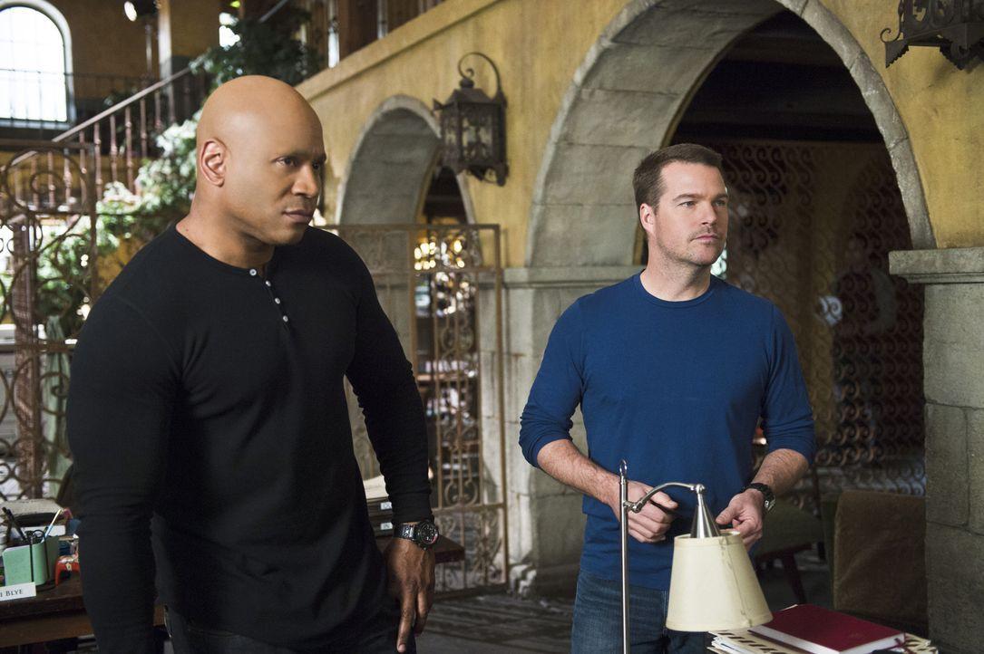 Ein neuer Fall beschäftigt Callen (Chris O'Donnell, r.) und Sam (LL Cool J, l.) ... - Bildquelle: Neil Jacobs 2015 CBS Broadcasting, Inc. All Rights Reserved.