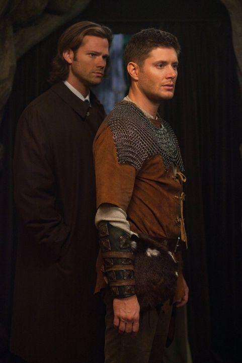 Wenn aus Spiel Realität wird: Sam (Jared Padalecki, l.) und Dean (Jensen Ackles, r.) müssen dem Gebieter einer Fee Einhalt gebieten ... - Bildquelle: Warner Bros. Television