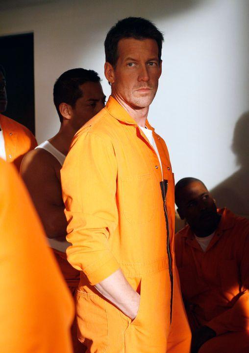 Ahnt noch nicht, dass Paul kein wirklicher Freund ist: Mike (James Denton) ... - Bildquelle: 2005 Touchstone Television  All Rights Reserved