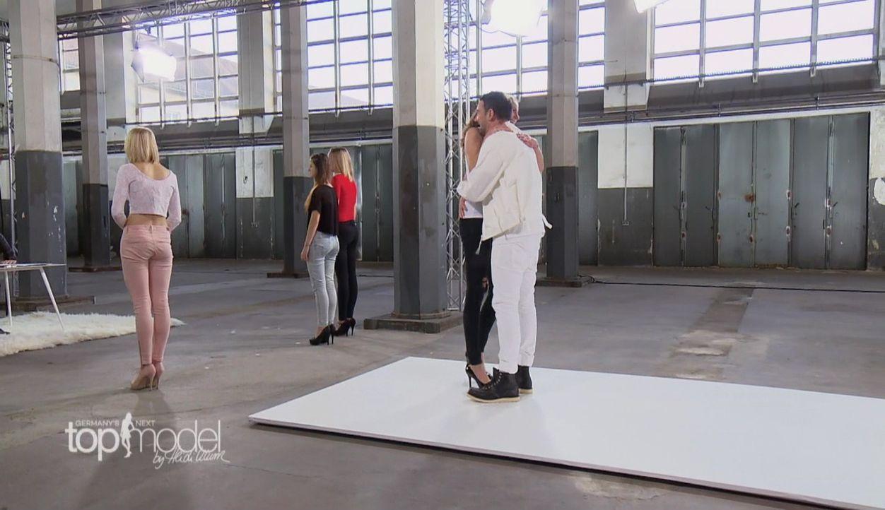 GNTM-S12-Sendung01-Casting-Muenchen35 - Bildquelle: ProSieben