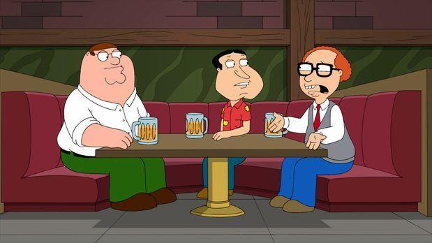 Family Guy - Gemeinsam hecken Peter (l.), Quagmire (M.) und Mort (r.) einen r...