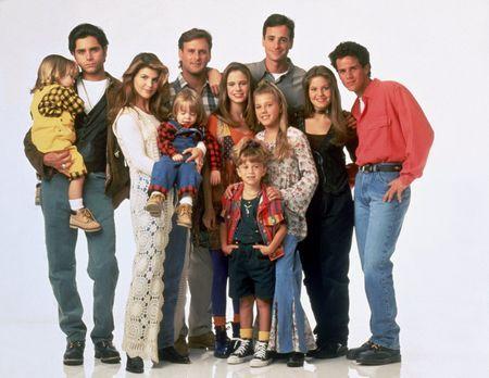 Full House - Bei ihnen ist immer etwas los: Jesse (John Stamos, 2.v.l.), Dann...