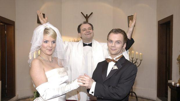 Haben es Mirja (Mirja Boes, l.) und Ralf (Ralf Schmitz, r.) tatsächlich gewag...