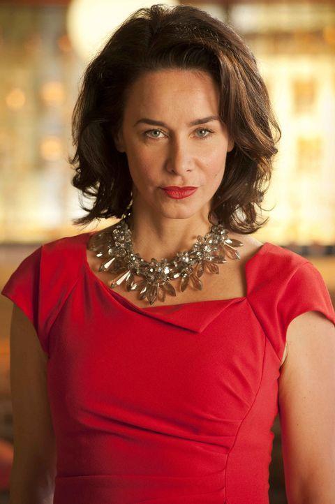 Eines Tages verliebt sich die taffe Chefeinkäuferin Nicky (Katharina Müller-Elmau) Hals über Kopf und zum ersten Mal in ihrem Leben richtig. Und ihr... - Bildquelle: Britta Krehl SAT.1