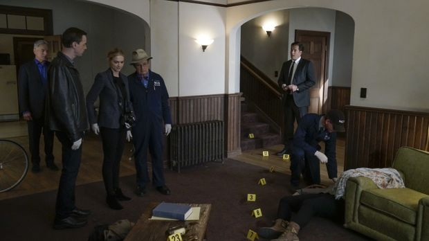Für das Team beginnt ein tödlicher Wettlauf: (v.l.n.r.) Gibbs (Mark Harmon),...