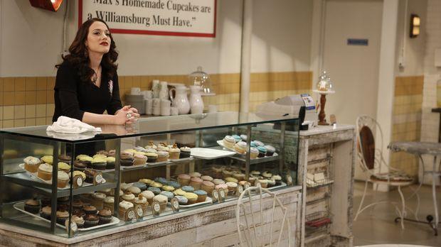 Die Geschäfte laufen so gut, dass Max (Kat Dennings) mit dem Backen gar nicht...