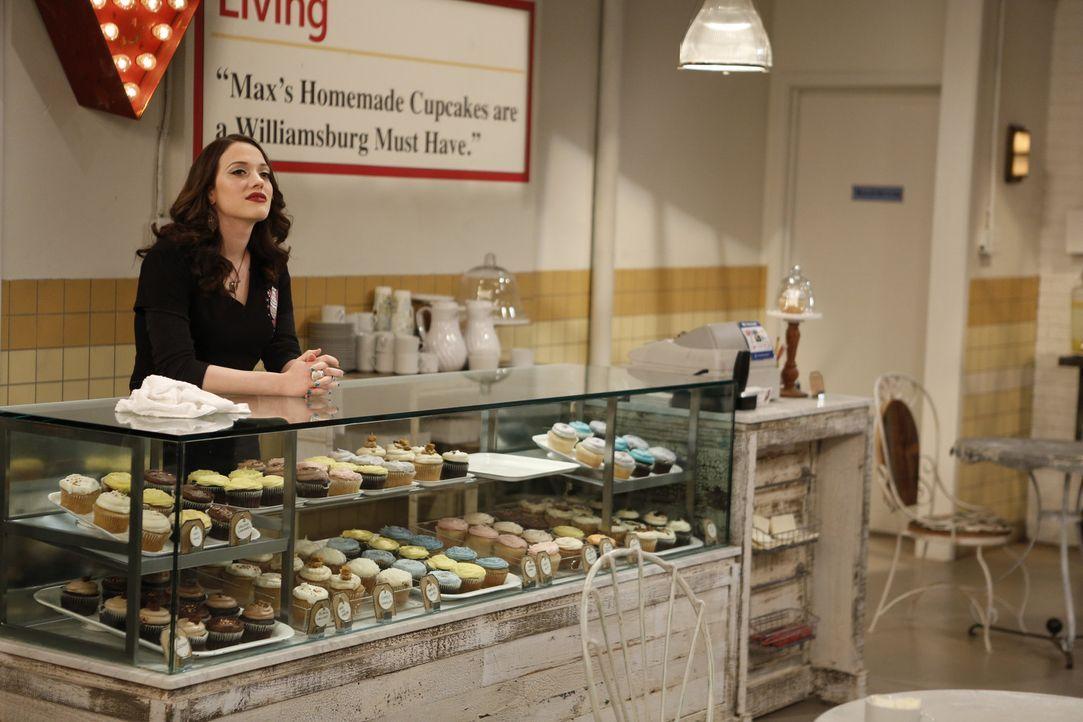 Die Geschäfte laufen so gut, dass Max (Kat Dennings) mit dem Backen gar nicht hinterher kommt ... - Bildquelle: Warner Bros. Television