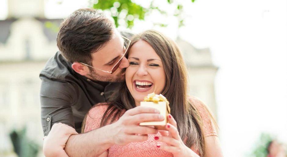 Ideale Altersdifferenz Dating 42 Jahre alter Mann aus 27 Jahren Frau
