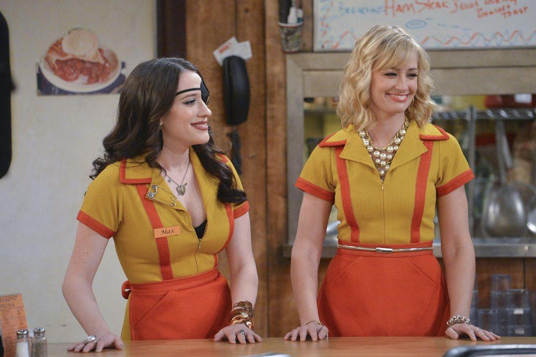 Haben Caroline (Beth Behrs, r.) und Max (Kat Dennings, l.) überhaupt eine Chance, mit ihrer Klage vor Gericht zu bestehen? - Bildquelle: Warner Bros. Television