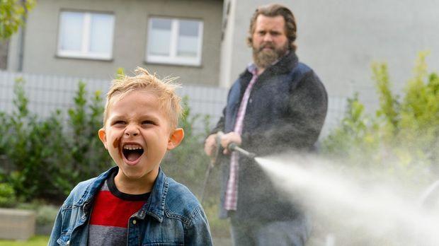 Knallerkerle - Knallerkerle - Ein Knallerkerl Schafft Kindererziehung Mit Links!