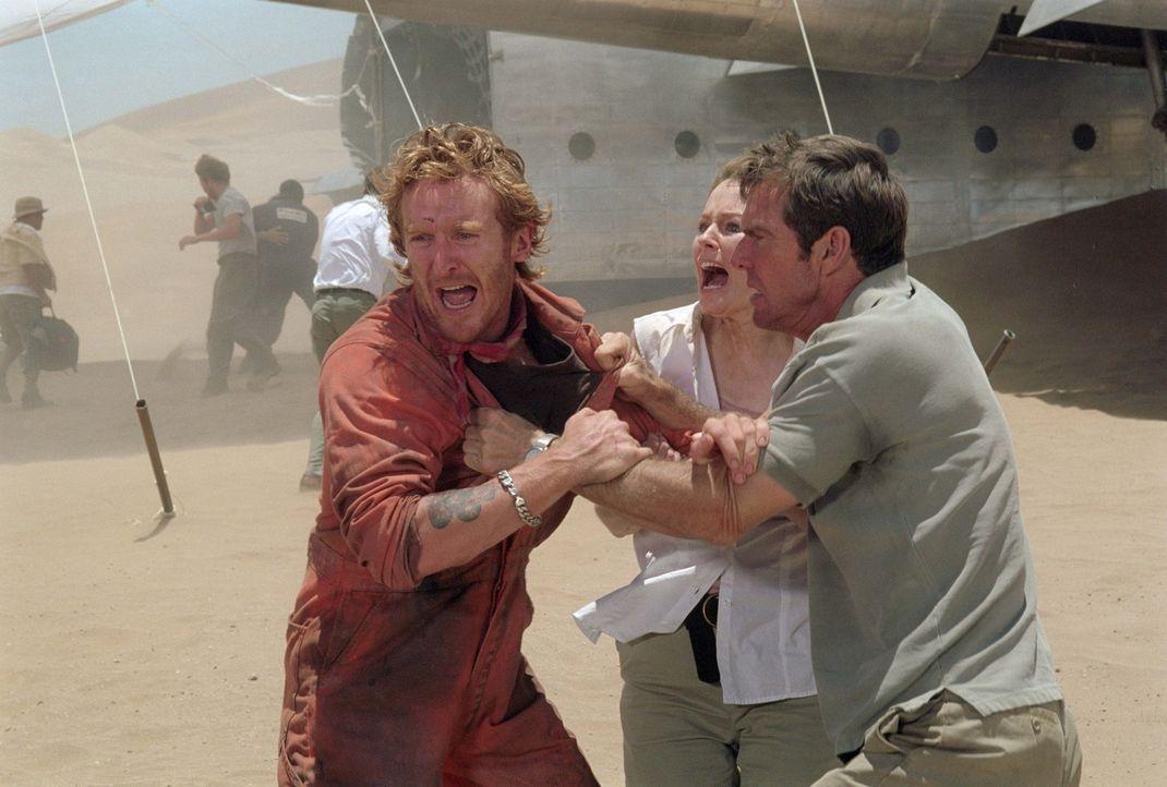 Als sich die Vorräte dem Ende zuneigen, wird die Situation zwischen den Passagieren des abgestürzten Flugzeuges mitten in der Wüste immer geladener.... - Bildquelle: 2004 Twentieth Century Fox Film Corporation.  All rights reserved.