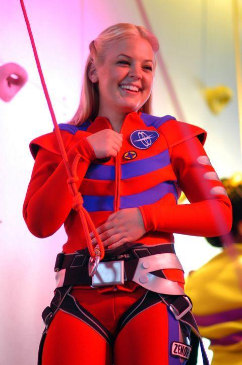 2054. Zenon Kar (Kirsten Storms) ist ein typischer Teenager des Weltraumzeitalters. Eines Tages beschließt sie, beim ersten Galactic Teen Supreme t... - Bildquelle: The Disney Channel