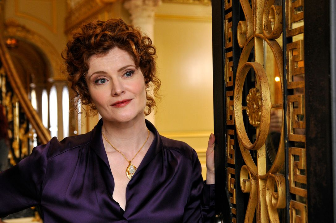Nachdem sie Marisol rausgeworfen hat, muss sich Evelyn Powell (Rebecca Wisocky) auf die Suche nach einer neuen Haushälterin machen, während Valentin... - Bildquelle: ABC Studios