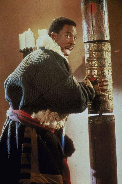 Sozialarbeiter Chandler Jarrell (Eddie Murphy) muss eine besonders knifflige Aufgabe lösen: Er soll das 'Goldene Kind', das die Welt vor dem Unterg... - Bildquelle: Paramount Pictures