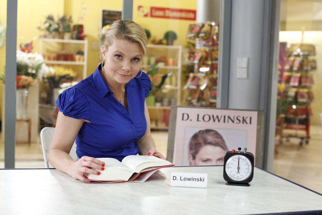 (4. Staffel) - Danni Lowinski (Annette Frier) ist die ungewöhnlichste Rechtsanwältin von Köln. Statt in einer Anwaltskanzlei empfängt die gelernte F... - Bildquelle: Frank Dicks SAT.1