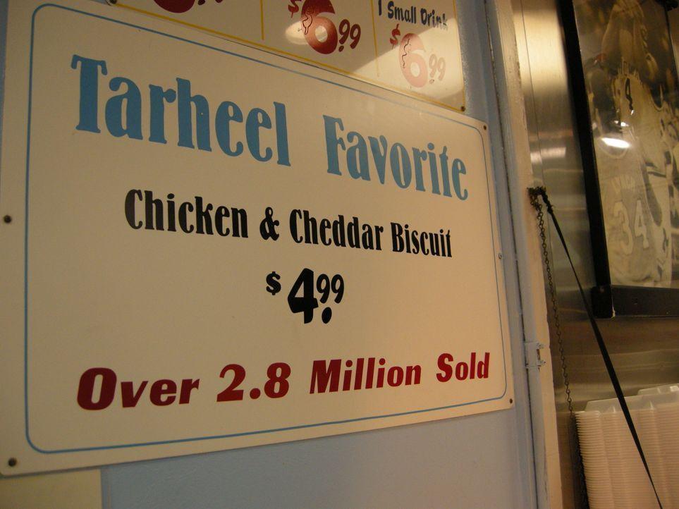Der Verkaufsschlager des Time-Out Restaurants in Capel Hill: Der Time-Out-Chicken-Cheddar-Biscuit wurde schon fast 3.000.000 Mal verkauft. - Bildquelle: The Travel Channel, L.L.C.